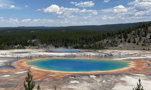 Stop #20: Yellowstone Day 2 (Old Faithful Geyser, Great Prismatic & More!)